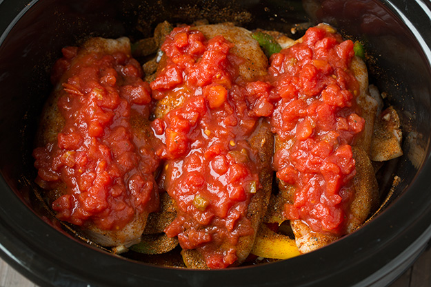 slow-cooker-chicken-fajitas-step4-srgb.